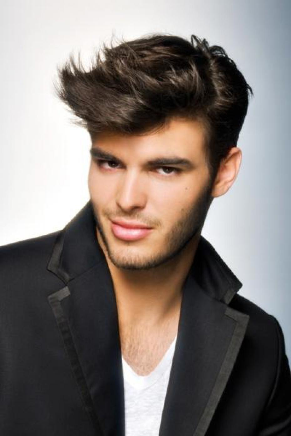 A Chaque Visage Sa Coiffure Ainsi Il Existe Une Coupe De Cheveux Homme Visage Rond