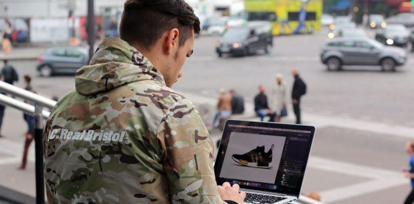 Le site dela sneaker est spécialisé dans les news sur les marques de baskets