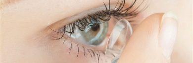 Comment enlever ses lentilles de contact